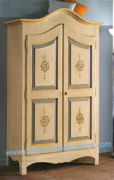 Collezione mobili dipinti 2006 il gusto di arredare la for Mobili dipinti di design